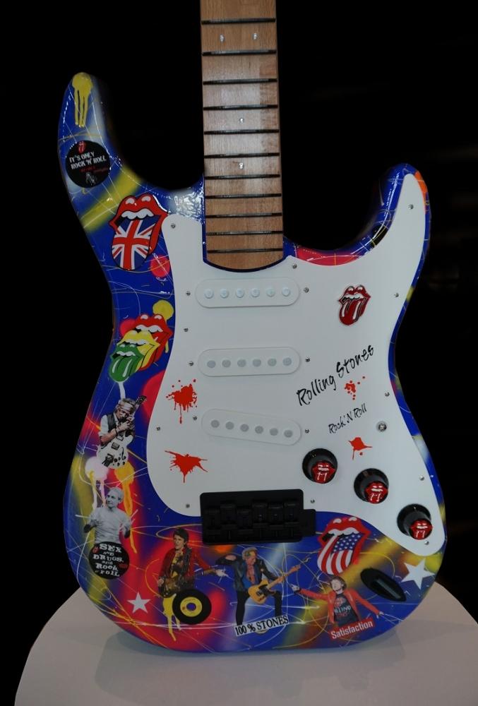 Fender Make History: Stones: Serial:  290720001